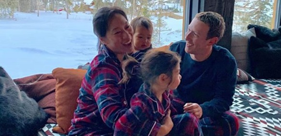 """""""I'm thankful... for matching pajamas"""" Mark Zuckerberg writes as he and his entire family don matching pajamas in cute Thanksgiving photo"""