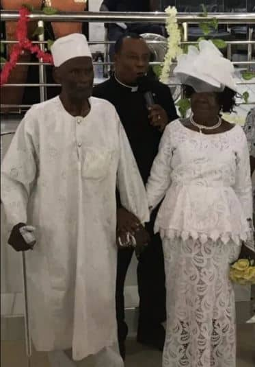 96-year-old man marries 93-year-old lover after 50 years of dating (photos)
